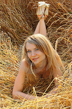 Free Anna In Wheat Field 2 Royalty Free Stock Image - 2442786