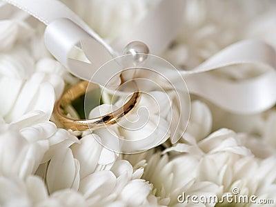 anneau de mariage images libres de droits image 32099929. Black Bedroom Furniture Sets. Home Design Ideas
