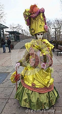 Persona disfrazada Imagen editorial