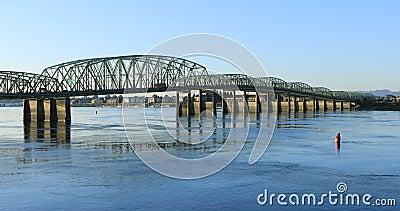 Ansicht der Brücke Vancouver, Washington nach Portland, Oregon 4K stock video footage