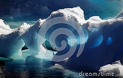 Antarctic jaskiń lodu