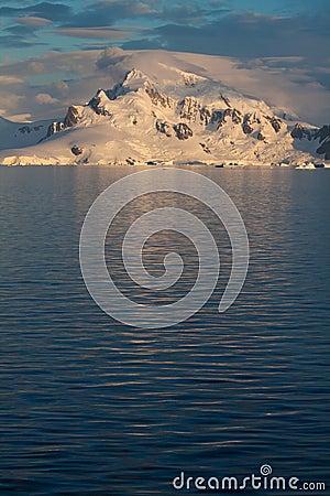 Antarctic Landscape vert