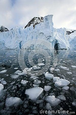 Antarctica - Petzval Glacier
