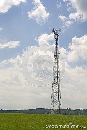 Antenna pylon communication