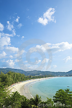 Anteny plażowy kamali widok