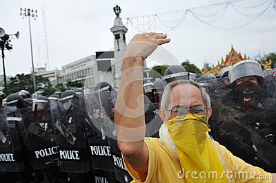Anti-Government Verzameling in Bangkok Redactionele Foto