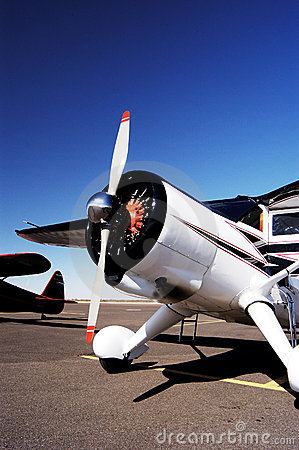 Free Antique Aircraft 7 Royalty Free Stock Photography - 657547