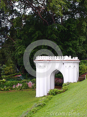 Free Antique British Style Folly In Hillside Garden Royalty Free Stock Photo - 53774385