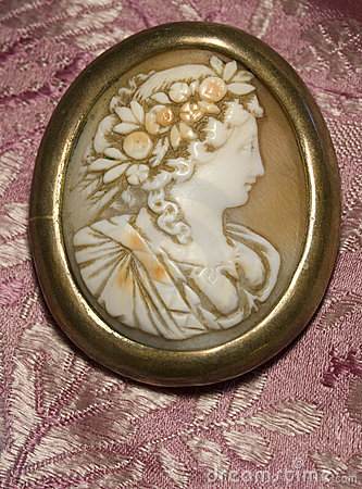 Free Antique Cameo Royalty Free Stock Photos - 15332008
