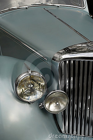 Antique car grill 2