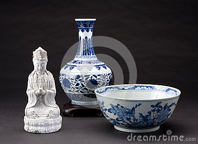 Antique chinese porcelains