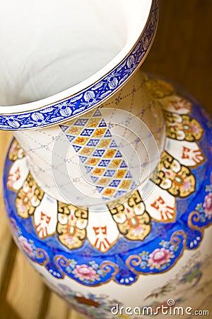 Free Antique Chinese Vase Royalty Free Stock Image - 14163386