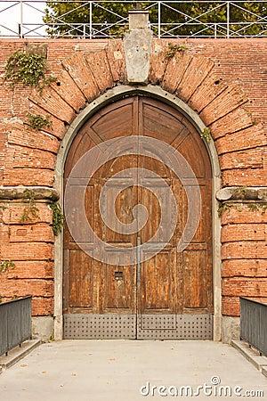 Antique fortress door in Firenze