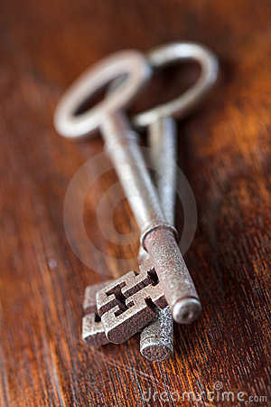 Antique key - shallow dof