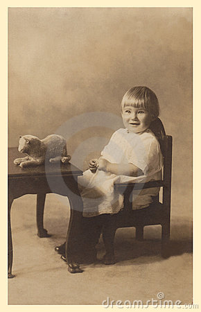 Free Antique Photograph Of A Baby Girl. Royalty Free Stock Photography - 22793397