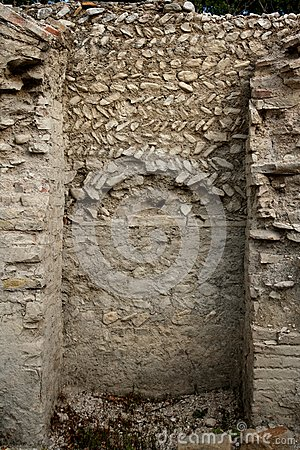 Antique roman wall