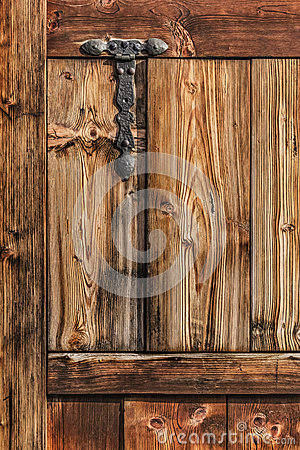 Free Antique Rustic Pine Wooden Door With Wrought Iron Hinge Stock Photos - 31931883