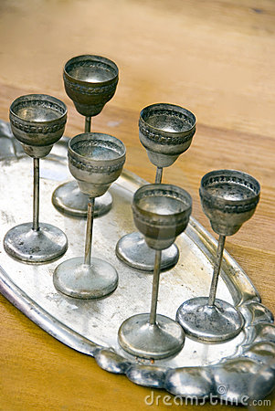 Free Antique Silver Glasses Royalty Free Stock Photography - 14036127