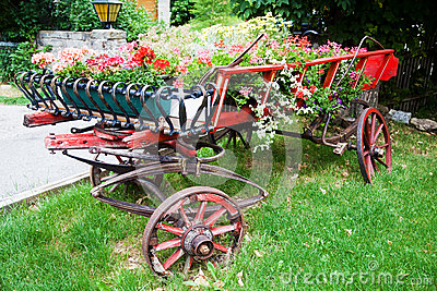 Antique trailer with flower decoration