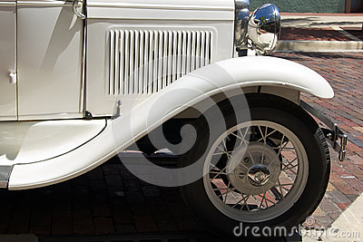 Antique white auto