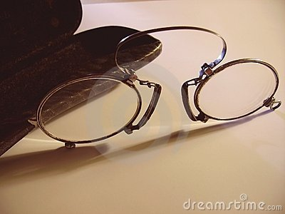 Antiqueglasses