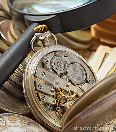 Free Antiques. Royalty Free Stock Photos - 33322818