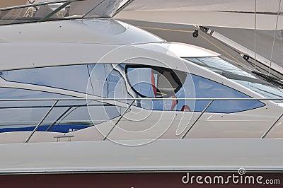 Antreiben des Raumfensters der Yacht