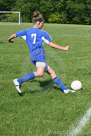 Ação adolescente 7 do futebol da juventude