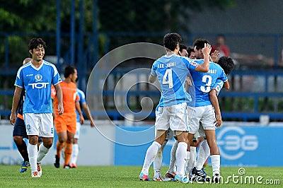 Ação na primeiro liga tailandesa Foto Editorial