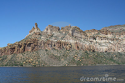Apache Lake Cliffs 2