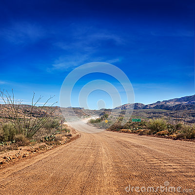 Free Apache Trail Dirt Road Stock Photography - 38942582