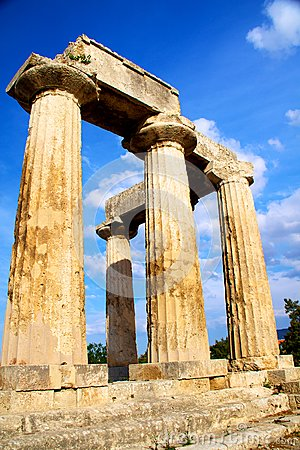Apollon temple in corinth