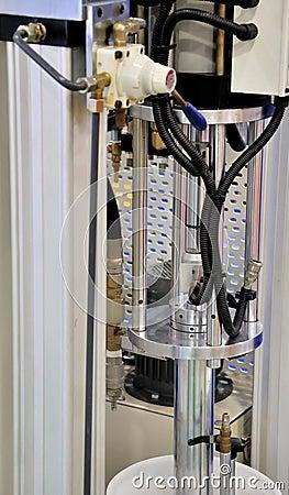Apparatuur van machanical proces