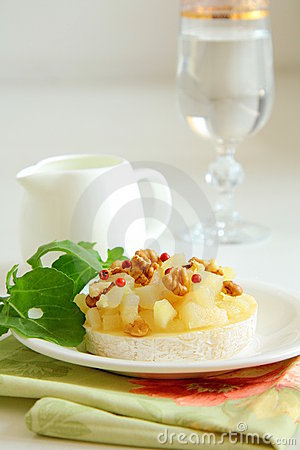 Appetizer delicacy of pears and cheese