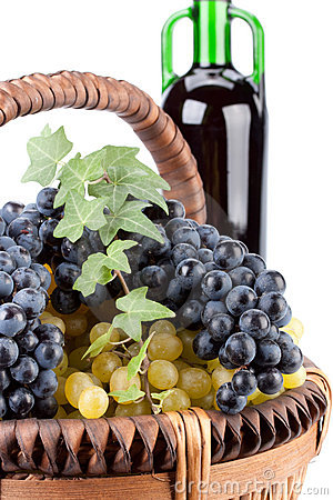 Appetizing grapes in a basket