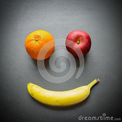 Free Apple, Banana, And Orange As A Smiley Face Royalty Free Stock Photography - 108133487