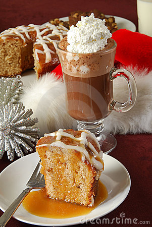 Apple bundt cake and hot chocolate
