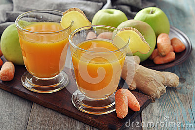 Apple and carrot juice with ginger