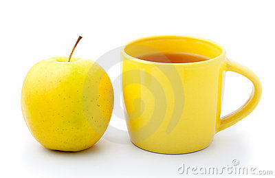 Apple with cup tea