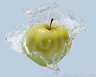 Apple en agua