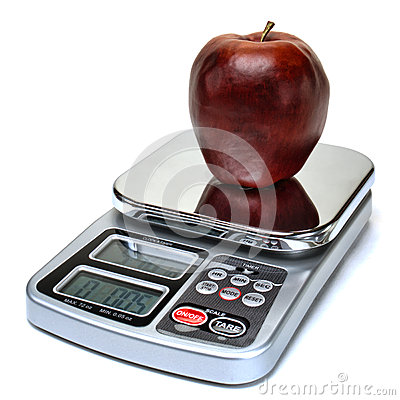 Free Apple Fruit On Scale For Calorie Counting Diet Stock Photography - 39133732
