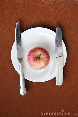 The apple in plate