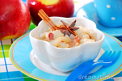 Apple puree with raisins for baby