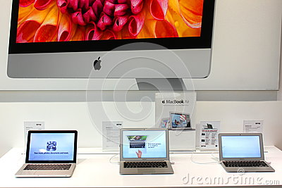 MacBook Air in Apple store Editorial Photo