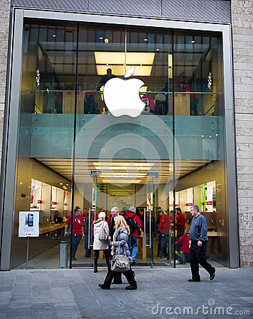 Apple store in Liverpool, UK Editorial Image