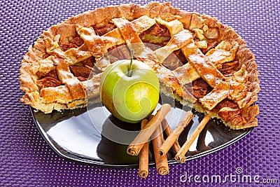 Apple tart with cinnamon