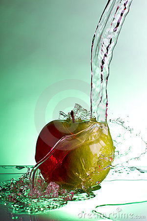 Apple water splash