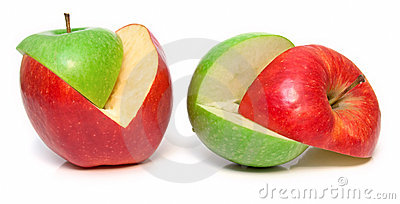 Apples cut on a part 3