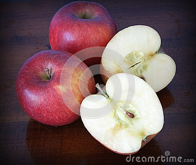 Apples, sliced and whole