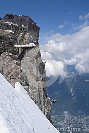 Approaching the Aiguille du Midi